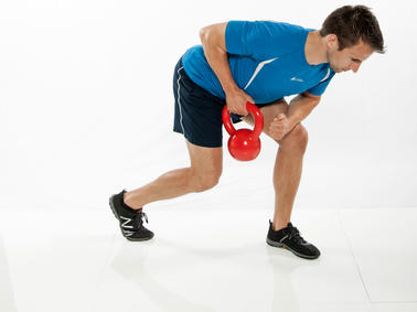 Fettverbrennung: Körperfettreduktion durch Kettlebell-Training