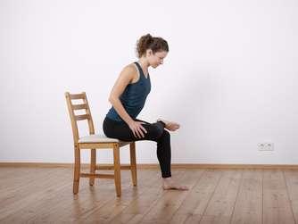 bungen gegen r ckenschmerzen und schmerzen in ges. Black Bedroom Furniture Sets. Home Design Ideas