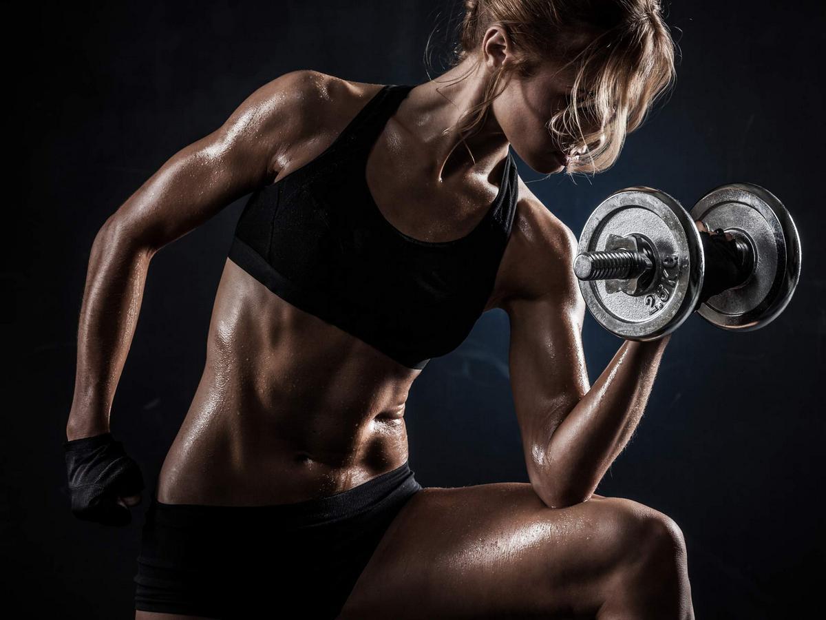 Kraft- & Functional Training für Frauen: Der kleine Unterschied zum ...