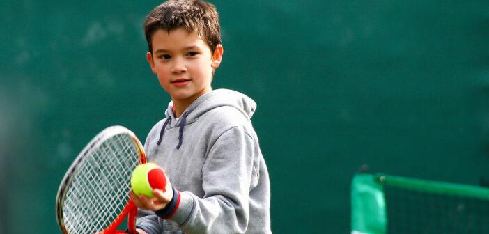 Sportverletzungen bei Kindern und Jugendlichen: Warum sind junge Athleten besonders anfällig für Verletzungen? Prävention, Ursachen, Training