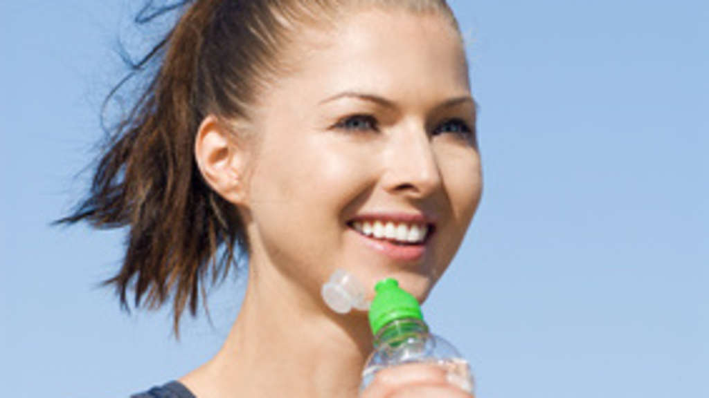 Die Zusammensetzung von Sportgetränken | Dehydration, Ernährung ...