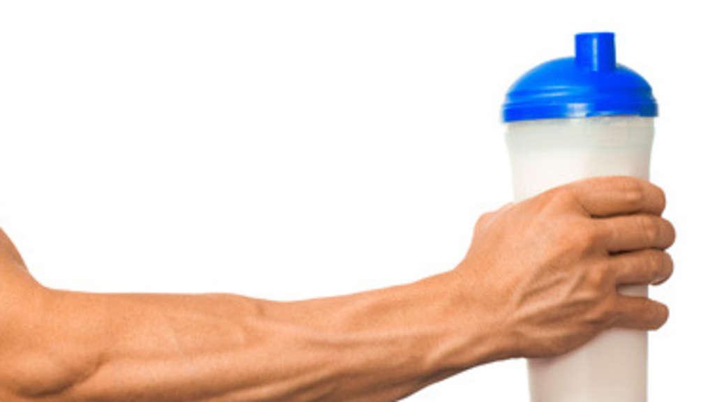 Muskelregeneration im Krafttraining durch Sportgetränke ...