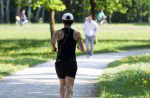 Waldboden oder Asphalt - Was ist der bessere Untergrund zum Laufen und worauf ist laufen am gesündesten? Lauftraining, Ratgeber, Lauftipps