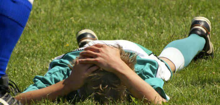 Was tun bei Gehirnerschütterung? Symptome, Anzeichen, Behandlung