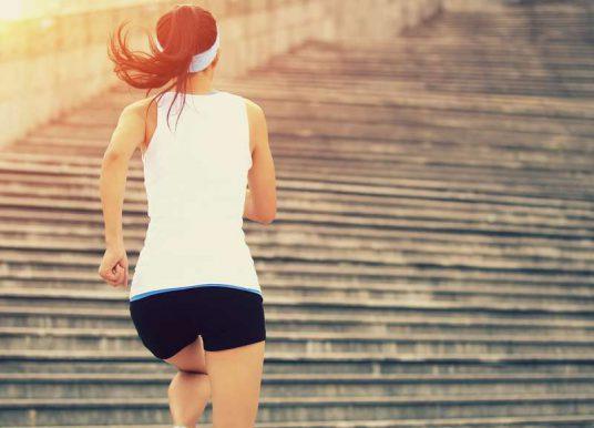 Wie bereitet man sich auf einen Halbmarathon vor? Grundlagen und Trainingsplan