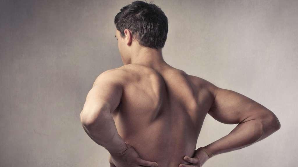 Übungen zum Kräftigen der aufrechten Körperhaltung | Zuhause & im Büro