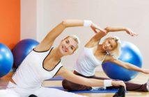 Es gibt dynamische und statische Übungsformen, welche sowohl aktiv als auch passiv ausgeübt werden können. Erfahren Sie alles über effektive Dehnübungen!
