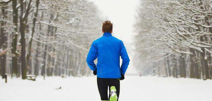 Laufen bei Kälte: Ist ein regelmäßiges Training bei Minustemperaturen überhaupt sinnvoll? Wie reduziereich das Risiko einer Erkältung?