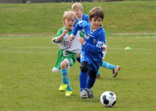 schnelligkeitstraining, fußball, kinder