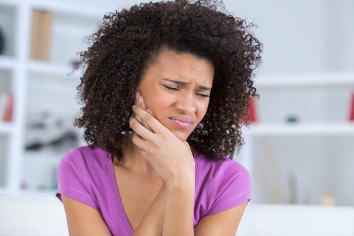 Gesundheit: Diese einfachen Lockerungsübungen helfen bei Kieferschmerzen