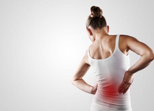 Rückenschmerzen: Ursachen, Übungen und Behandlungsmethoden