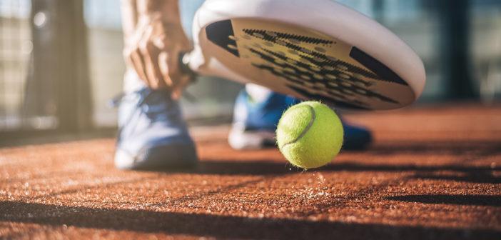 Padel-Tennis: Grundlagen, Regeln und Techniken
