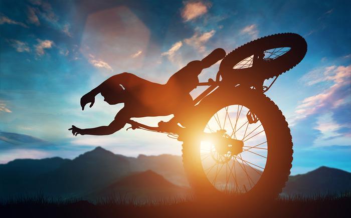 Mountainbiken ohne helm ist dumm und gefährlich