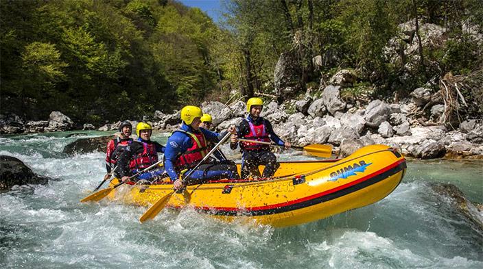 Raftingkurs auf der Soca in Slowenien