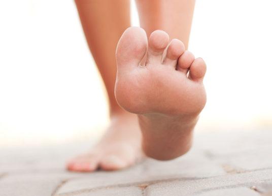 Fußschmerzen: Das sind die häufigsten Erkrankungen