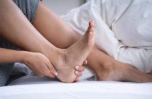 Dehnübungen bei Fersensporn und Achillessehnenentzündung