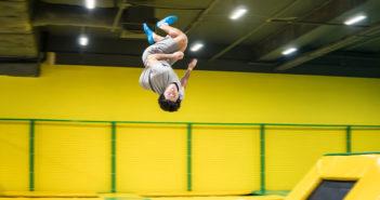 trendsport trampolinspringen