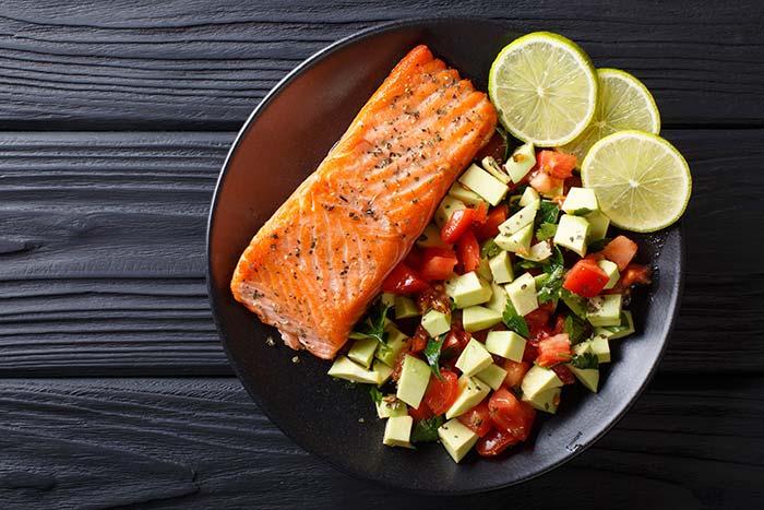 Eiweißhaltige Lebensmittel mit besonders hohem Proteingehalt: Fleisch & Fisch