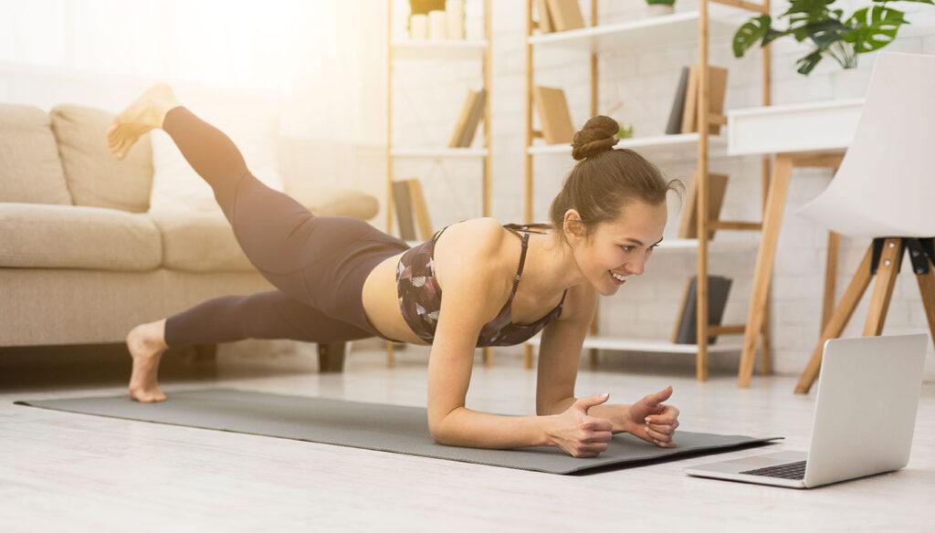Die Besten Ubungen Zum Abnehmen Workouts Und Trainingsplan