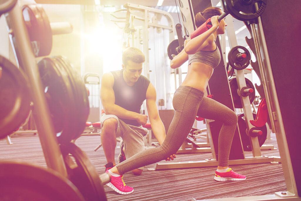 Die Rückkehr ins Training: Wie du nach Verletzungspausen schnell wieder fit wirst. Tipps und Ratschläge zu Screenings und Trainingsplanung.