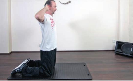 Bei Hüftarthrose ist es sinnvoll, das Hüftgelenk zu bewegen und stabilisieren. Ein Ratgeber mit Hintergrundwissen und den besten Übungen.